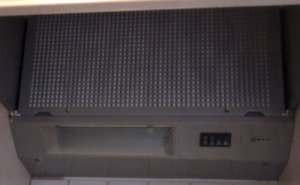 nice and clean cooker hood