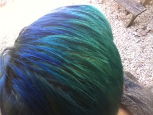 2tone fishbowl blue haired freak 2